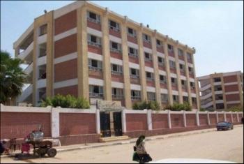 سكان المجاورة 84 بمدينة العاشر يطالبون بإنشاء مدرسة