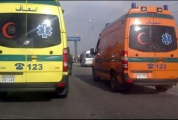 إصابة 7 أشخاص في حادث تصادم سيارتين وتوك توك بأبوكبير