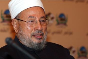 القرضاوي يعلق على حملات الإساءة للإسلام