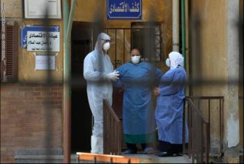 الأطباء: سوهاج تعيش كارثة تفشي كورونا وسط إهمال صحي