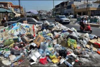 خوفا من الأمراض.. سكان شارع الجوازات في فاقوس يشكون من انتشار أكوام القمامة
