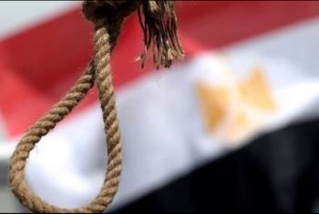 بينهم إمرأتان.. رايتس ووتش تؤكد إعدام 49 مصريا في 10 أيام