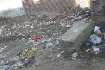 أهالي شارع مولد النبي بالزقازيق يشكون انتشار القمامة