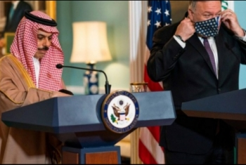 ميدل إيست آي: بومبيو يحث السعودية على تطبيع العلاقات مع الاحتلال