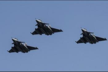 طيران الانقلاب يشن غارات على شمال سيناء