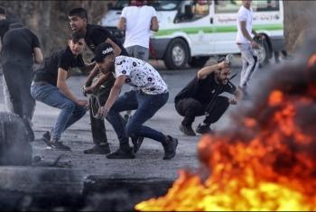 وقوع عشرات الإصابات بين الفلسطينيين في مسيرات سلمية بالضفة والقدس